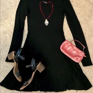 LITTLE BLACK DRESS 🖤 Black H&M Longsleeve Dress